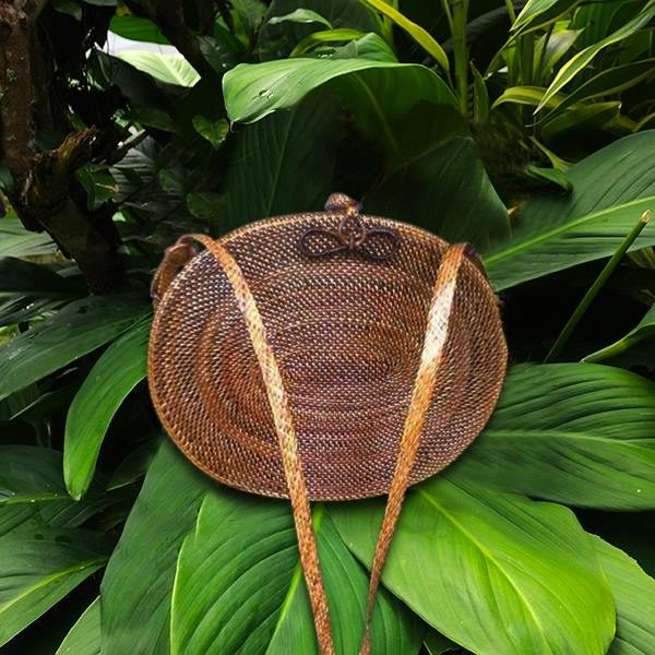 Oval Wicker Abaca Bag