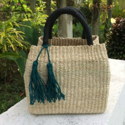 Discovering Raffia: Fiber for the Modern Fashion
